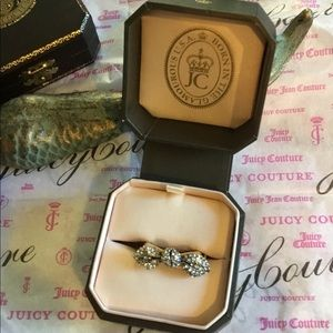 Juicy couture bow ring adjustable & moveable  😁